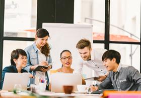 インターンに参加した新卒社員の離職率、なぜ低い?理由は「職場の人間関係」にあった
