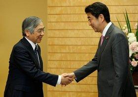 今年の日本経済、安倍首相と黒田日銀総裁が最大の危機要因になる