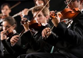 """オーケストラ奏者、なぜ「難聴」にかかる人が多い?ケガとの戦い続く""""過酷な職業"""""""