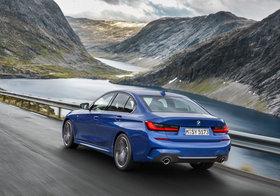 """BMW「3シリーズ」のリバース・アシスト機能が感動的…直近50m分の""""バック自動運転"""""""