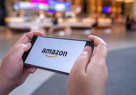 【Amazonアプリ】カメラでスキャンするだけで目の前にある商品が購入できる!