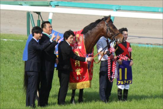 日本ダービーで松山弘平騎手がアルアインから降ろされる!? 未来のスター誕生を阻み続ければ、競馬界の明日は......の画像1