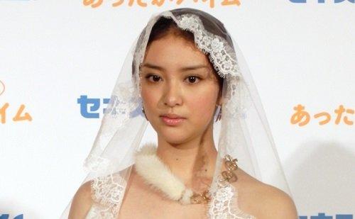 武井咲、所属事務所も制御不能で狙うは「EXILE」のTAKAHIROとのデキ婚!?