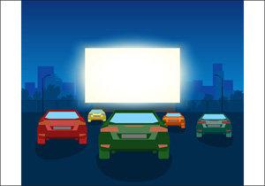2人だけの車中で映画鑑賞、ドライブインシアターって憶えていますか?