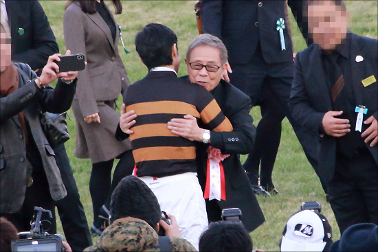 北島三郎さん「次男死去」 昨年はキタサンブラックで大ブームも、ご本人の体調も以前から心配されており......