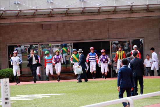 JRA菱田裕二騎手「騎乗自粛」の理由......2012年関西新人王が、まさかの失態で師匠から大目玉「勝負の1週間」あわや......の画像1