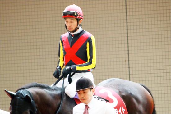 武豊のせいで菊花賞「超おいしくない馬」ダンビュライト......軽視しようがしまいがオッズが下がらない理由の画像1
