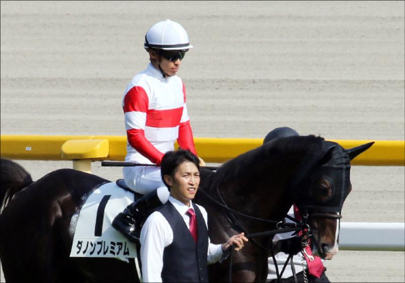 JRA大阪杯「回避」ダノンプレミアム登録もなし。「蹄の状況」「川田将雅の事情」など諸々か