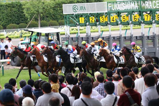 JRA「騎乗集中」も暑さで0勝の疲弊騎手......盛況夏の福島で「地獄」を見たジョッキー