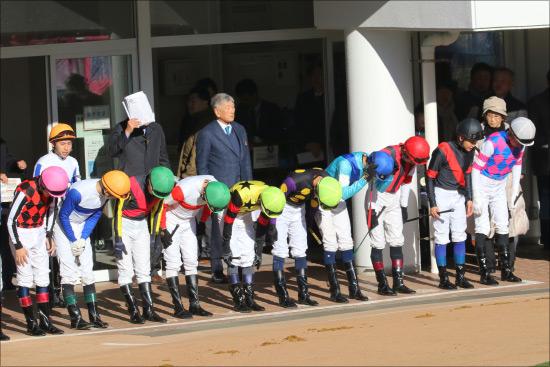 JRA「6度目の正直」藤井勘一郎合格! 岩田康誠息子ら8名合格で、今後に期待