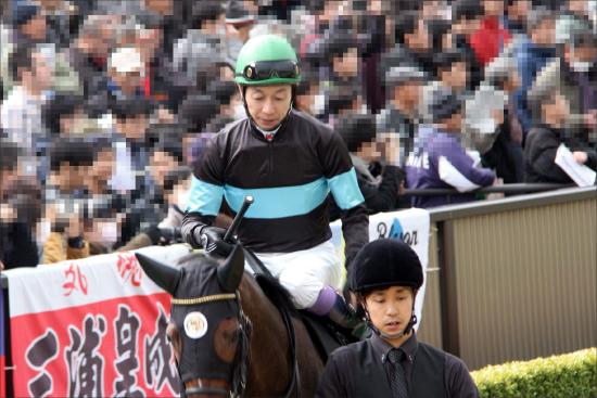 武豊騎手がドバイ「非常識」に不満爆発!? 日本馬全滅の地元ゴドルフィン祭りに「『王様』の競馬ですから......」