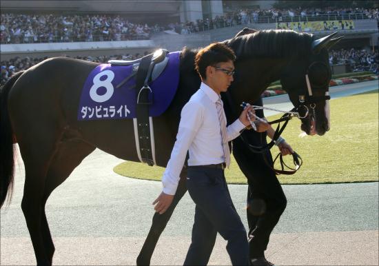 AJCC(G2)「JRAイチの暴れ馬」ダンビュライト連覇で復活!? 陣営努力は実を結ぶかの画像1