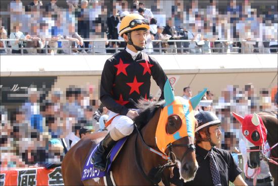 JRA秋山真一郎騎手「11年」経っても悔しさ消えず......R.ムーア、藤田伸二が認めた「職人」の騎手人生が分かれた「大きなポイント」とは