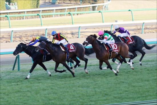 JRA天皇賞・春(G1)フィエールマン「超スロー」は危険!? 「大得意」超高速馬場の上がり勝負に潜む落とし穴とはの画像1