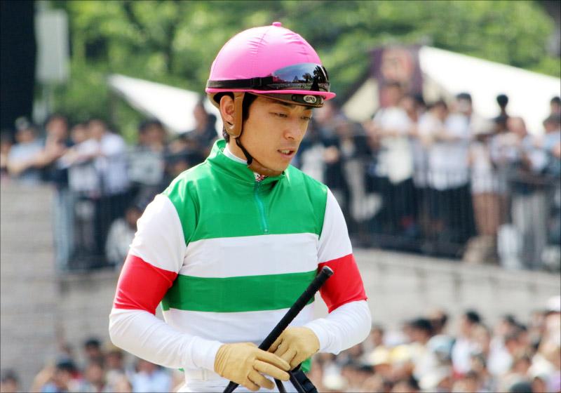 JRA川田将雅ダノンプレミアム「ゴール後下馬→異常なし」に