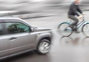 東京の自転車利用者、マナーの悪さに辟易…前後に子供を乗せて車道を逆走&斜め横断も