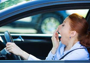 居眠り運転での交通事故は47%!「人工知能」が眠気を検知して「眠くならない車内」にの画像1