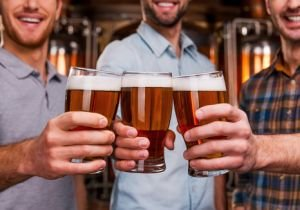 飲酒すると一瞬で不整脈のリスク増大?ビール祭り会場での調査結果に驚愕