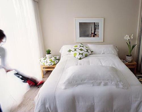基本的な「家事」の水準が異常に高い日本。家の中でまでせっせと働かなくてもいいのでは問題(『「家事のしすぎ」が日本を滅ぼす』佐光紀子)の画像1