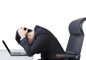 「うつ病」の診断書をもらって休職する人が急増…「傷病手当金」目当てに診断書要求?