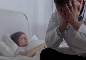 500万人超の「がんサバイバー」が恐れる「二次がん」〜若者ほど死亡率が高い?