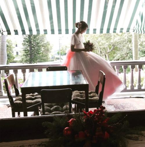 妊娠後期の相武紗季「駆け込み気味に旅行に」。ママタレのマタ旅報告UPに感心できない理由の画像1
