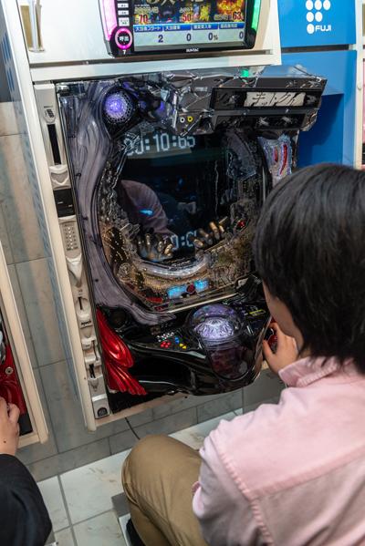 パチンコ新台『リング』実戦で貞子と恋人に......? 先鋭メーカー藤商事が放つ「衝撃性能」に悶絶!!の画像2