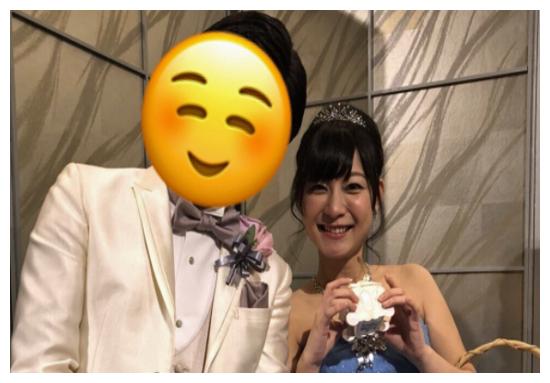 「ヒラヤマン」結婚式の画像に歓喜の声! 美人パチンコライターを射止めた「気になるお相手」公開は!?