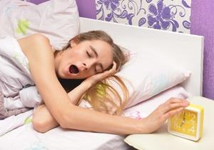 自殺者の平均睡眠時間は5時間。睡眠不足が自殺を引き起こしてしまう!?