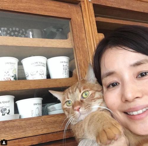 石田ゆり子がインスタですっぴん披露したことは「実は一度もない」の画像1
