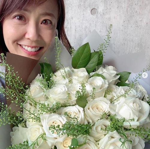 小林麻耶を「死にたい」とまで追い詰めた海老蔵との再婚報道、姪甥にも会えずの画像1