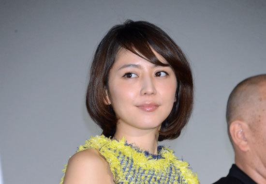 長澤まさみ、まさかの「パチンコ」を痛烈批判!? 月9ドラマ『コンフィデンスマンJP』で日本「ギャンブル大国」発言に賛否の声