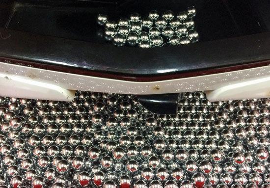 「激ヤバ爆裂パチンコ」登場......「出玉バブル」復活でホールは「超・鉄火場」に!? の画像1