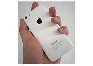 iPhoneとGalaxyは、なぜ「似て」くるのか?ポジショニング競争のパラドクスの画像1