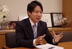 """日本経済の崩壊と長期低迷、元凶は欧米の""""押し付け""""だった!ルール作り参加の重要性"""