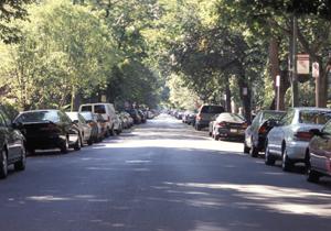 どこも路上駐車禁止って乱暴すぎでは?行政の不作為、小さなクルマいじめの一因にも