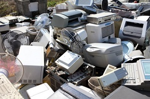 リサイクルの悪夢 中国で劣化廃棄部品がハイテク新製品に混入→輸出で世界中に拡散
