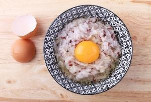卵かけご飯、究極の食べ方!黄身混ぜず少しずつ崩す、ポン酢、マヨ、シーチキン…の画像1