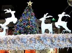 今年のクリスマス消費、なぜ「高額」「癒やし」に人気殺到?ホテル、食品、日用品…の画像1
