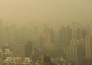 韓国、中国で発生の危険な大気汚染が深刻化 鉛や水銀含有、乳幼児にまで健康被害