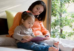 尾木ママの「叱らない&ほめる子育て」は危険?評価を用いた子育てはよくない