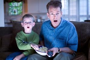 テレビを観ると認知症になる? テレビの情報を信じて踊らされる人々の画像1