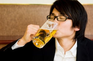 太らないお酒の飲み方!飲み会の店&メニューの選び方はこうすべき!