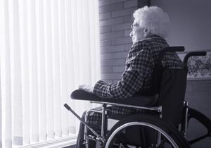 介護ヘルパーの手抜きや虐待量産…老人ホームを荒廃化させる国の悪法!現実無視し理想追求の画像1