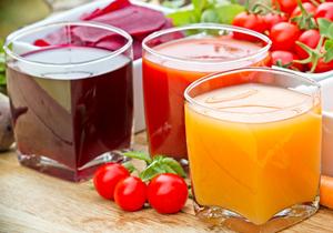 野菜・果物ジュースのみやプチ断食は超危険!かえって肥満や老化、健康被害のおそれ