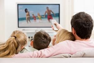 長時間テレビを見ると死亡率が高まる?座りっぱなしは危険!がん、脳梗塞、糖尿病を誘発かの画像1