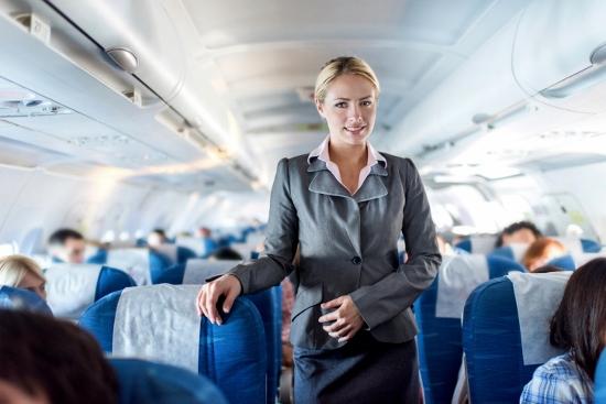 合コンで「私、千円しかない」…某大手航空会社CA、勘違いすぎるトンデモ言動&素性