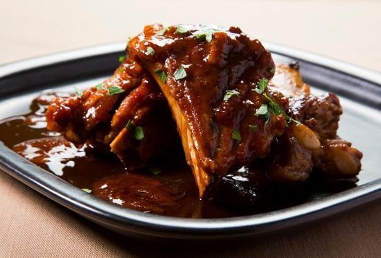 ホロホロの豚肉スペアリブをフライパンひとつでつくる!