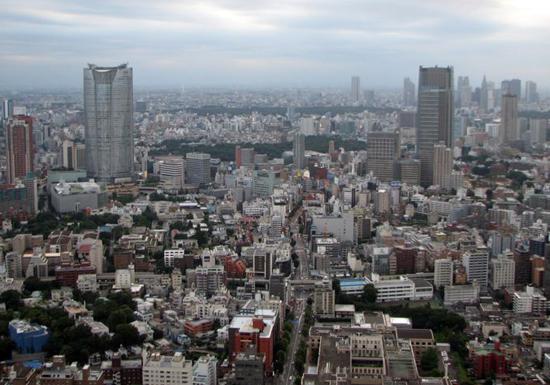 東京・港区民の平均所得は9百万円!足立区の3倍 学歴、年収も驚愕の23区間格差…