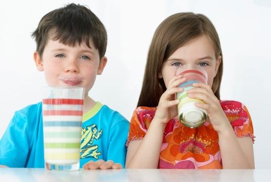 牛乳は超危険!子供は絶対NG!がん・糖尿病・脳梗塞・心筋梗塞の恐れ